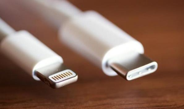 说说买手机配type c接口,除了充电快还可更多连接空间